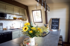 Cute and cheering kitchen with lots of natural light
